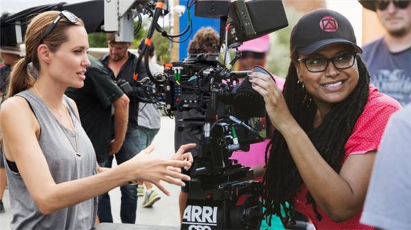 Angelina Jolie đang thử sức ở vai trò đạo diễn. (Nguồn: Internet)