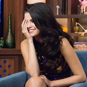"""Selena Gomez thừa nhận đang phải lòng """"Đội trưởng Mỹ"""""""