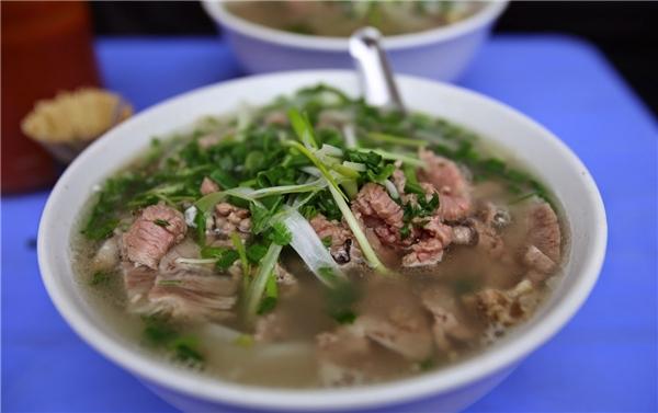 Hà Nội - Những quán phở bò nhất định phải