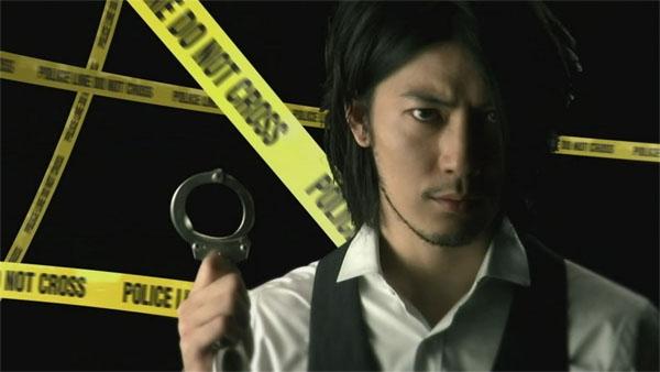 Tetsuji Tamayama trưởng thành và nam tính hơn trong series BOSS (2009).