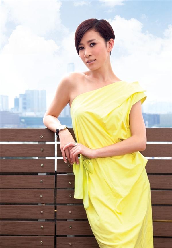 Mới đây, Lý Nhã Kỳ tiếp tục khiến khán giả bất ngờ khi công bố thông tin nữ diễn viên đắt giá của Hồng Kông - Xa Thi Mạn sẽ sang Việt Nam tham dự show diễn của cô.