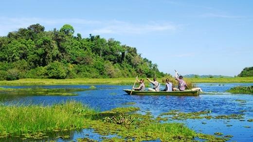 Nhưng khu hồ rộng, bạt ngàn các loài chim và cá sấu sinh sống sẽ làm bạn quên đi bao mệt mỏi trong chớp mắt.(Nguồn: Internet)