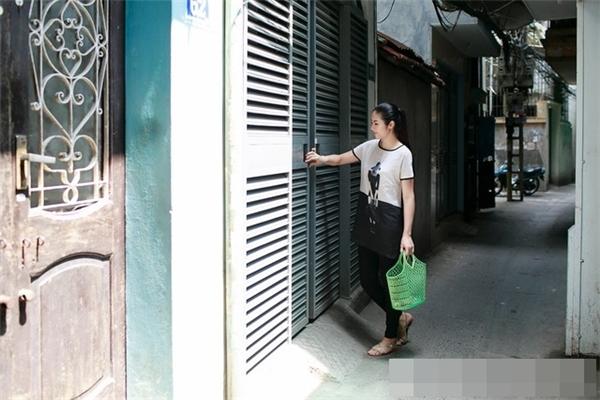 Ngọc Hân hiện đang sống hạnh phúc cùng với gia đình tại một ngôi nhà nằm trong một con ngõ nhỏ của Hà Nội. - Tin sao Viet - Tin tuc sao Viet - Scandal sao Viet - Tin tuc cua Sao - Tin cua Sao