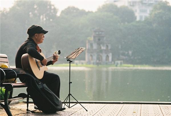 Ngẩn ngơ một Hà Nội nên thơ qua ảnh phim siêu đẹp