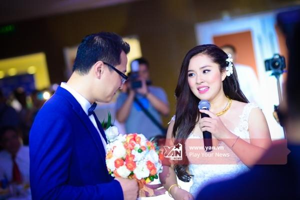 Top 3 Vietnam Idol 2012 nghẹn ngào thể hiện ca khúc You raise me up để đánh dấu khoảnh khắc trọng đại của cuộc đời mình. - Tin sao Viet - Tin tuc sao Viet - Scandal sao Viet - Tin tuc cua Sao - Tin cua Sao