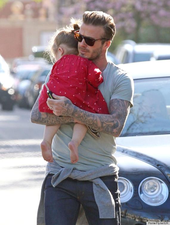 """Thích thú những điều cực đáng yêu của """"ông bố cuồng con gái"""" David Beckham"""