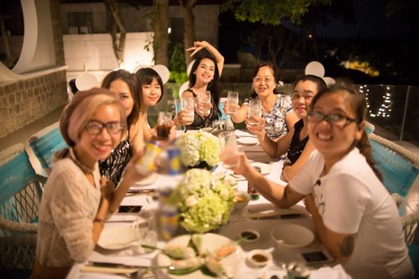 Hé lộ thiệp cưới lung linh của Văn Anh - Tú Vi - Tin sao Viet - Tin tuc sao Viet - Scandal sao Viet - Tin tuc cua Sao - Tin cua Sao