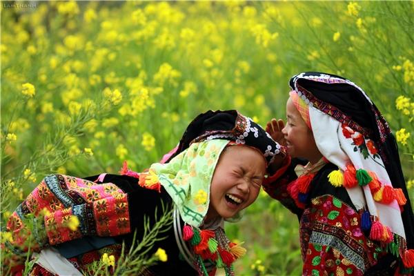 Hà Giang không chỉ là một bức vẽ nên thơ, hùng tráng của thiên nhiên, màcòn đẹp bởi sự bình dị và gần gũi như chính con người nơi đây. (Ảnh: Internet)