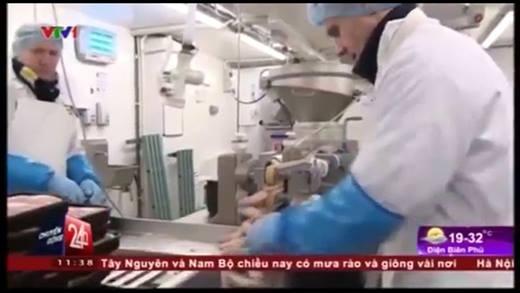 Kinh hoàng phát hiện ADN người trong xúc xích