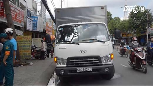 Truy bắt khẩn cấp tài xế gây tai nạn rồi bỏ trốn