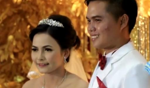 Nụ cười hạnh phúc của cô dâu và chú rể. (Ảnh Internet)