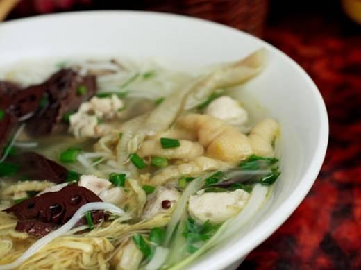 Lạ miệng với những món bún độc đáo ở Hà Nội