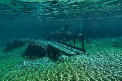 Công viênGrüner See trôngnhư thành phố Atlantic huyền thoại bị nhấn chìm dưới lòng đại dương sâu thẳm. (Ảnh: Internet)