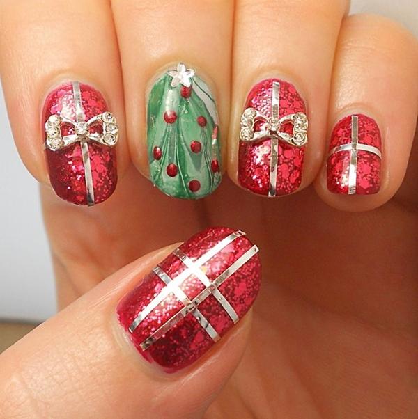 Hình ảnh gói quà Giáng sinh được tái hiện một cách chân thực, rõ nét, tinh tế qua những gam màu nổi bật.