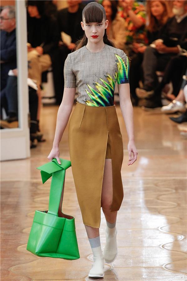Những mẫu túi xách đẹp mê hồn cho mùa Xuân - Hè 2016