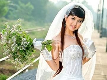 Kinh ngạc trước hành trình lột xác nhan sắc của vợ cũ Thanh Bình - Tin sao Viet - Tin tuc sao Viet - Scandal sao Viet - Tin tuc cua Sao - Tin cua Sao