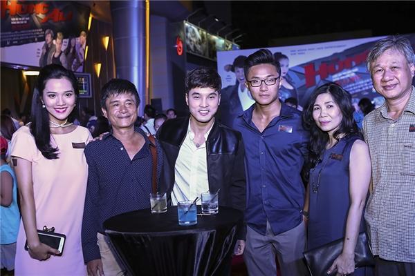 Khá đông người thân, bạn bè đã đến chúc mừng thành công của Ưng Hoàng Phúc và bà xã Kim Cương - Tin sao Viet - Tin tuc sao Viet - Scandal sao Viet - Tin tuc cua Sao - Tin cua Sao
