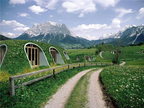 """Những ngôi nhà """"lỗ Hobbit"""" như thế này không chỉ xuất hiện trong phim mà đã bước ra ngoài đời thực.(Ảnh: Bored Panda)"""