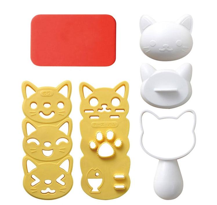 Làm cơm nắm hình mèo siêu dễ thương