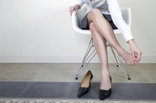 Chỉnh lại cho đúng: Điều gì xảy ra khi ta ngồi lâu?