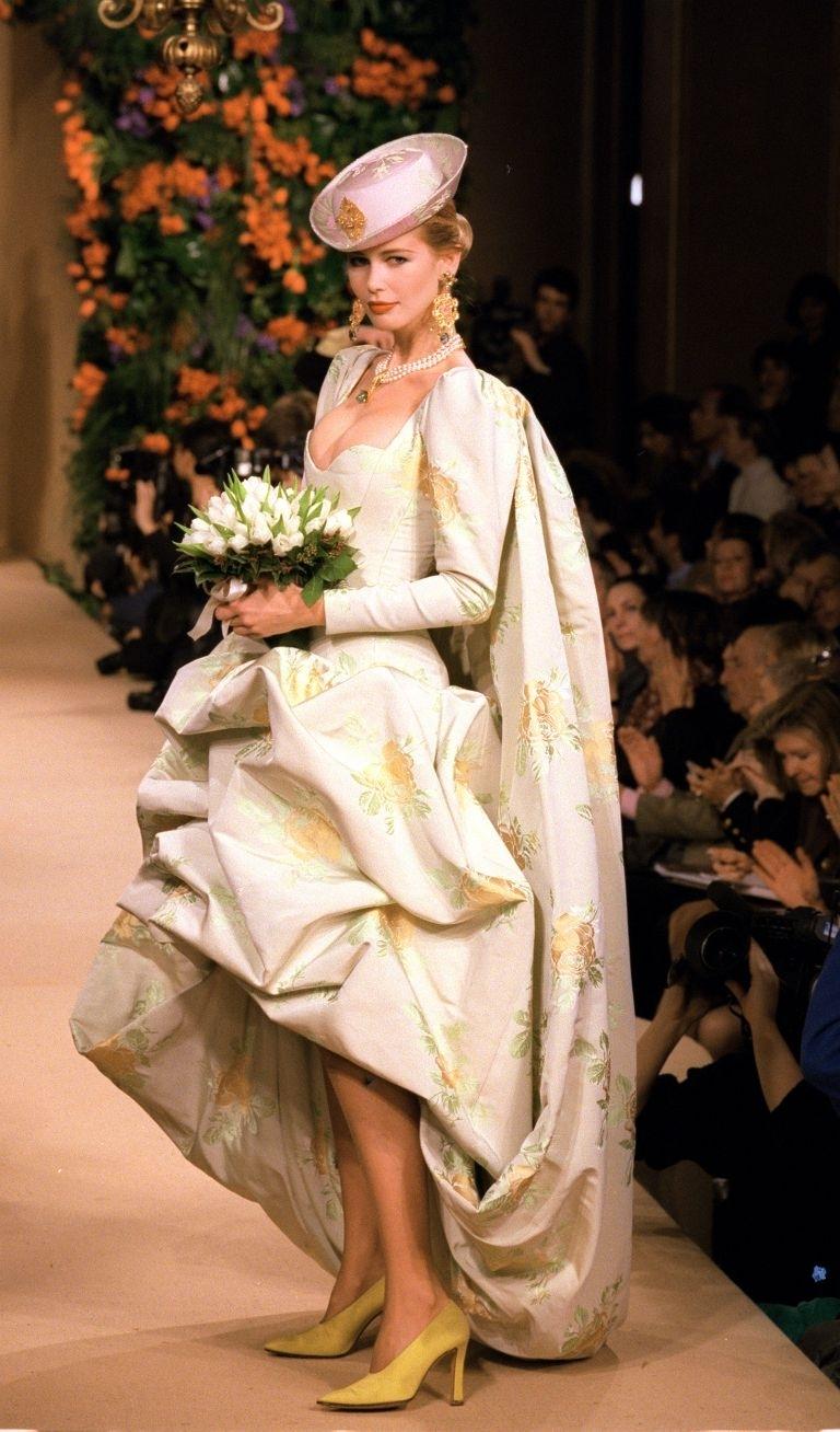 Hồ sơ thời trang: Những mẫu váy cưới ấn tượng nhất lịch sử haute couture