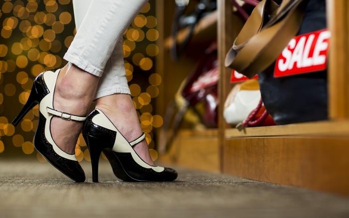có nên mua nhiều giày cao gót không