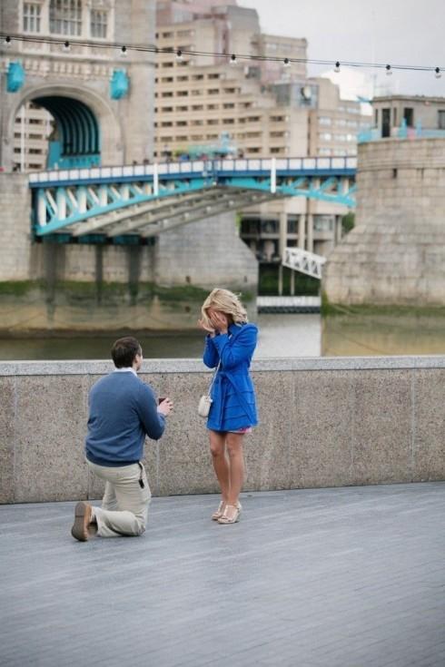 11 khoảnh khắc cầu hôn xúc động khiến bạn tin vào tình yêu