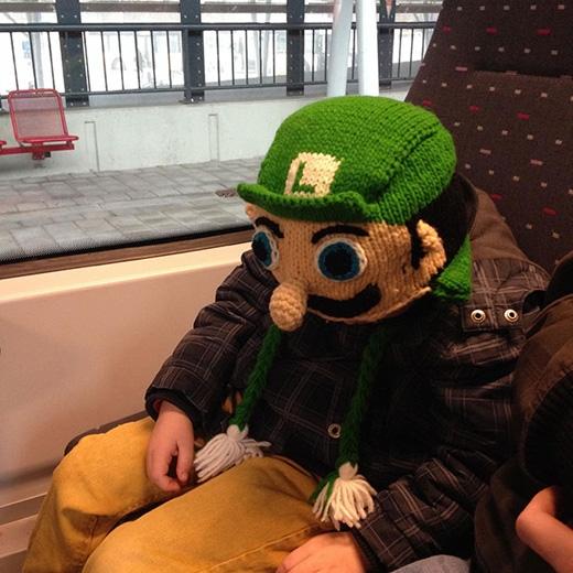 Mũ này đảm bảo những người nghiện game Nintendo sẽ thích mê. (Ảnh: Internet)