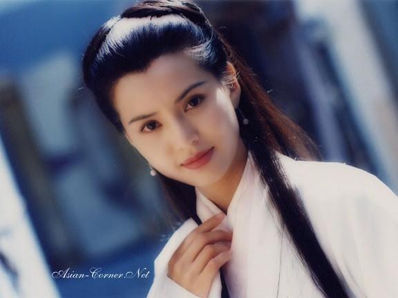 Tạo hình xinh đẹp của Tiểu Long Nữ - Lý Nhược Đồng trong phim Thần Điêu Đại Hiệp 1995. (Ảnh: Internet)
