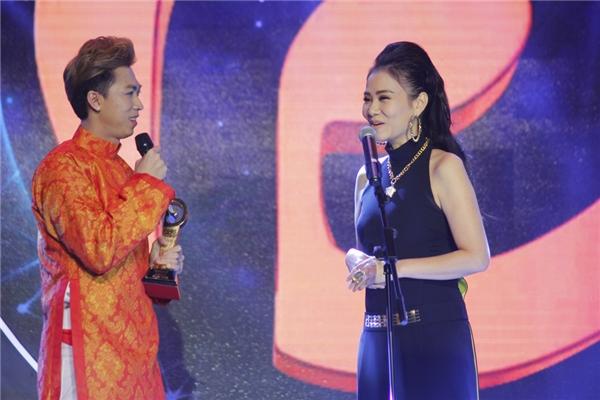 Ngay sau lời đề nghị này, các fan của Thu Minh cũng như Hồ Việt Trung đang rất mong chờ vào sự kết hợp của cả hai trong tương lai. - Tin sao Viet - Tin tuc sao Viet - Scandal sao Viet - Tin tuc cua Sao - Tin cua Sao
