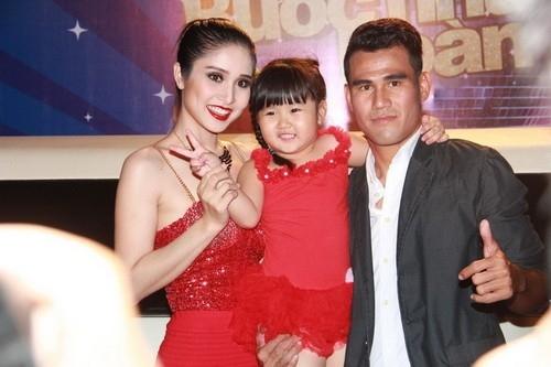 Vợ chồng Phan Thanh Bình thuở mặn nồng. - Tin sao Viet - Tin tuc sao Viet - Scandal sao Viet - Tin tuc cua Sao - Tin cua Sao