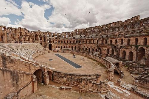 5 đấu trường La Mã cổ hiên ngang thách thức thời gian