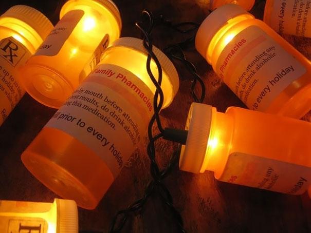 Chúng còn được dùng làm đèn nháy. (Ảnh: Bored Panda)