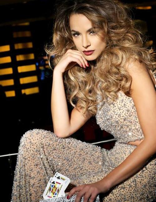 Hoa hậu Australia Radulovic - Tin sao Viet - Tin tuc sao Viet - Scandal sao Viet - Tin tuc cua Sao - Tin cua Sao