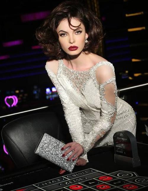 Hoa hậu Kosovo - Tin sao Viet - Tin tuc sao Viet - Scandal sao Viet - Tin tuc cua Sao - Tin cua Sao