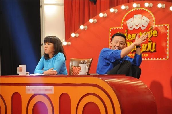 Những biểu cảm đáng yêu của cặp đôi ghế nóng Việt Hương - Trấn Thành. - Tin sao Viet - Tin tuc sao Viet - Scandal sao Viet - Tin tuc cua Sao - Tin cua Sao