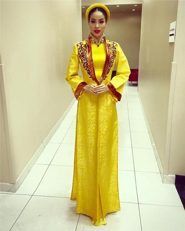 Trước đó,Ines Ligron cũng dự đoán Phạm Hương sẽ lọt top 3 Hoa hậu Hoàn vũ Thế giới 2015. - Tin sao Viet - Tin tuc sao Viet - Scandal sao Viet - Tin tuc cua Sao - Tin cua Sao