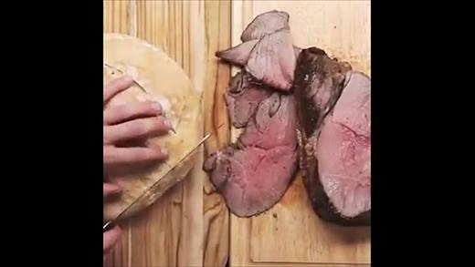 Mách bạn món bánh mì thịt bò hầm dinh dưỡng và cực dễ làm