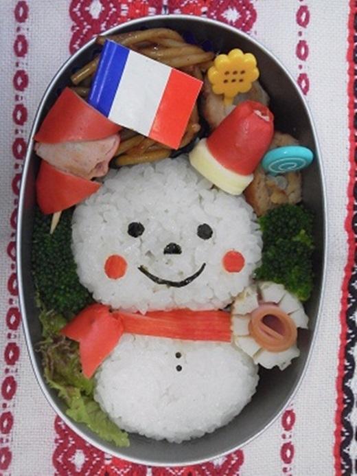 Gợi ý bạn 20 cách trang trí cơm hộp Noel siêu dễ thương