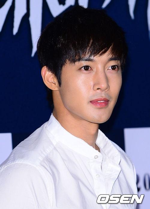 Lộ diện vợ và con trai của Kim Hyun Joong