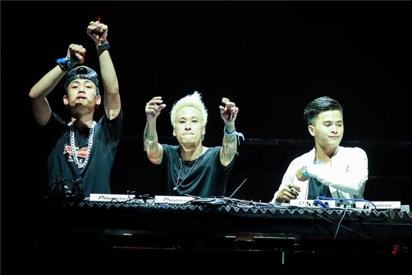 DJ Minh Trí và DJ Get Looze. - Tin sao Viet - Tin tuc sao Viet - Scandal sao Viet - Tin tuc cua Sao - Tin cua Sao