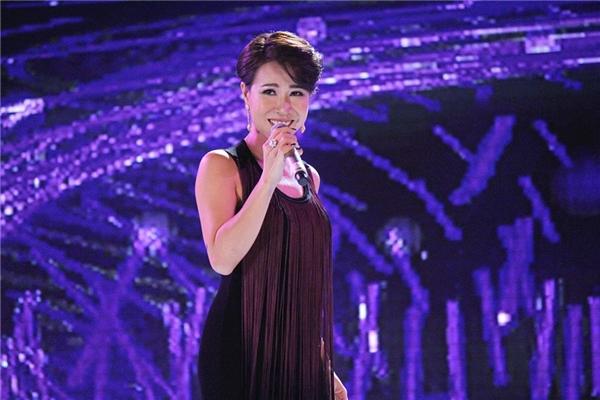 Uyên Linh khoe được giọng hát đẳng cấp, đầy nội lực vớiForever Young và Girl on fire. - Tin sao Viet - Tin tuc sao Viet - Scandal sao Viet - Tin tuc cua Sao - Tin cua Sao