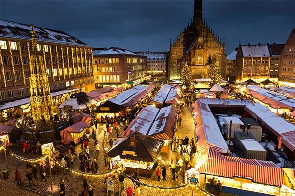 Đến với nước Đức từ ngày27/11 – 24/12, bạn sẽ có cơ hội dạo chơi trong khu chợ Giáng sinh đẹp nhất thế giới.(Ảnh: Internet)
