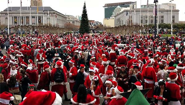 Santacon được tổ chức vào ngày 12/12 ở San Francsico, Mĩ.(Ảnh: Internet)