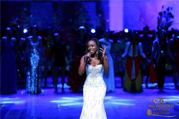 Và người chiến thắng trong phần thi Hoa hậu tài năng đã thuộc về thí sinh đến từ Guyana. Cô gái này trình diễn một bài hát do cô tự sáng tác. - Tin sao Viet - Tin tuc sao Viet - Scandal sao Viet - Tin tuc cua Sao - Tin cua Sao