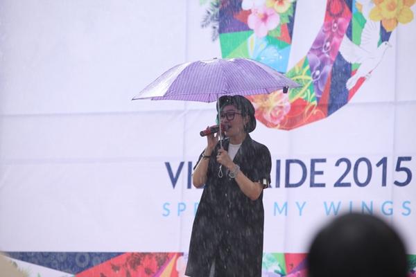 Tóc Tiên, Vũ Ngọc Đãng hạnh phúc khi được cộng đồng LGBT ưu ái - Tin sao Viet - Tin tuc sao Viet - Scandal sao Viet - Tin tuc cua Sao - Tin cua Sao