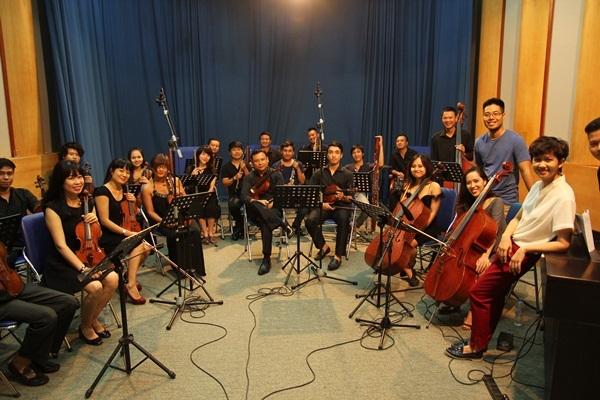 Để mang tới các cung bậc cảm xúc hòa quyện giữa nét cổ điển và hiện đại, những ca khúc trong phim đều sử dụng âm thanh phối hợp nhạc cụ phương Tây cùng nhạc cụ dân tộc