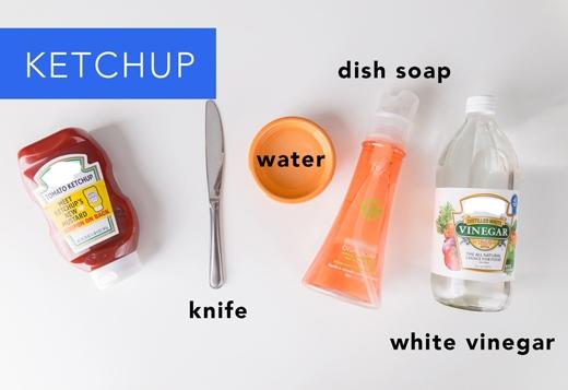 Sốt cà: Dùng dao cạo sạch chỗ sốt dính trên vải. Sau đó đổ nước rửa chén lên, trên cùng nhỏ một ít giấm trắng. Cuối cùng xả dưới vòi nước chảy. (Ảnh: Greatist)