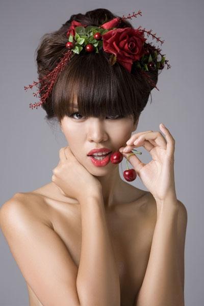 Siêu mẫu Hà Anh: Phạm Hương tinh quái, Lan Khuê đầy lòng tự trọng - Tin sao Viet - Tin tuc sao Viet - Scandal sao Viet - Tin tuc cua Sao - Tin cua Sao