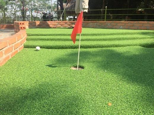 Mini Golf - Sân chơi hấp dẫn dành cho gia đình và bạn bè